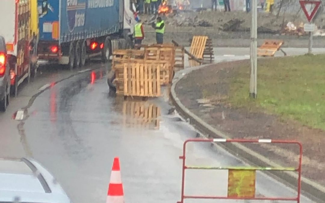 Enérgico rechazo del transporte de Madrid a los problemas ocasionados en las carreteras francesas.