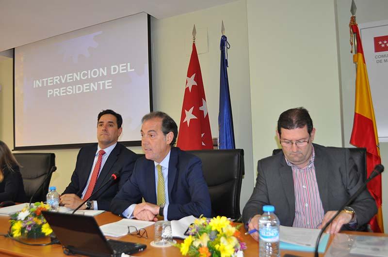 """El presidente de CETM-Madrid atisba un """"panorama desolador"""" para el transporte de mercancías por carretera."""